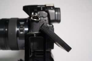 Image showing restricted tilt on articulating LCD with L-bracket