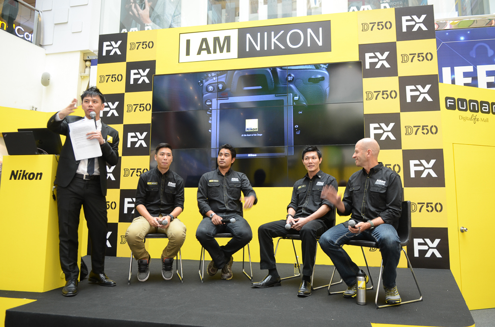 Nikon Professional Photographers Bryan Foong, Imran Ahmad, Alex Soh and Chris McLennan sharing their experience and tips on stage.